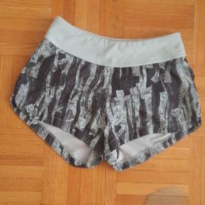 H&M sport shorts with waist pocket